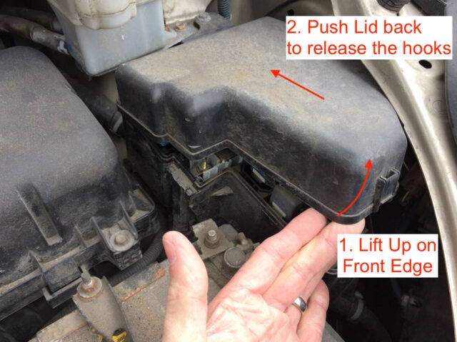 Toyota Sienna Engine compartment fuse box cover removal