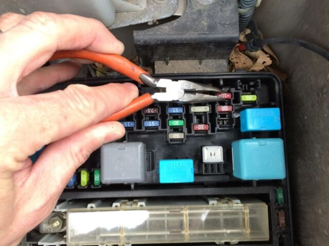 Cant Find Fuse Box In Apartment : How to replace amp dome light fuse on  toyota