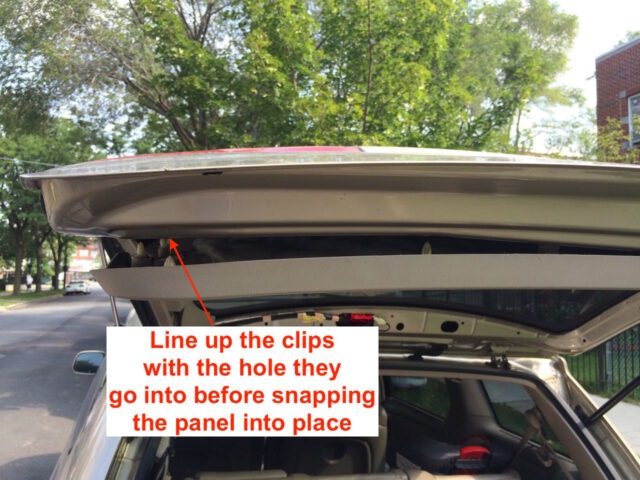 2004-2010 Toyota Sienna Liftgate Tail Light Bulb Replacement-Line up Clips with Holes