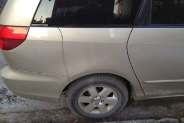 Broken sliding door cable on 2004 Toyota Sienna