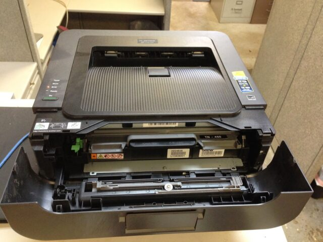 How to Reset the Drum on a Brother HL-2270DW Printer - Share