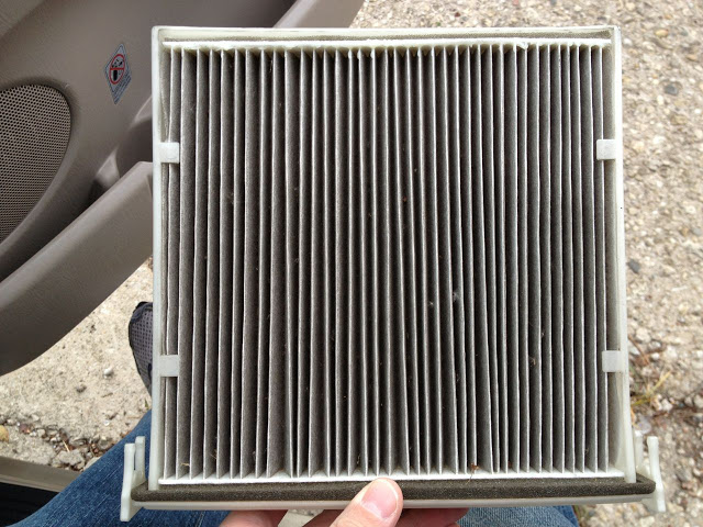 how to change toyota sienna engine air filter