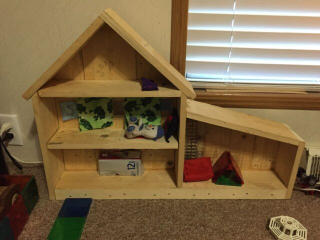 Decorated Pallet Doll House