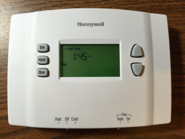 Honeywell RTH2300 Thermostat Set Time Mode