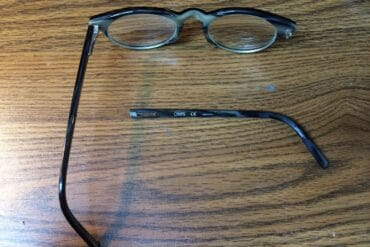 How to Repair Glasses With a Broken Arm