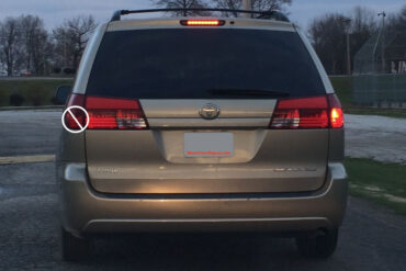 How To Replace Toyota Sienna Tail Light Bulb