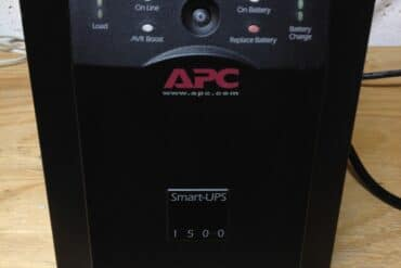 How to Replace the Battery in an APC Smart-UPS 1500