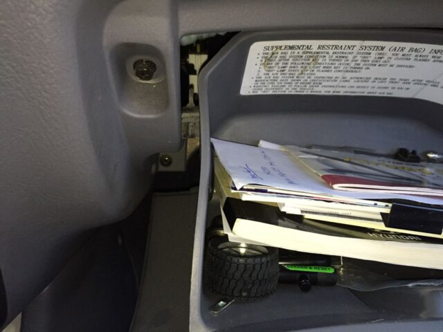 Hyundai Accent-Left Side of Glove Compartment Started