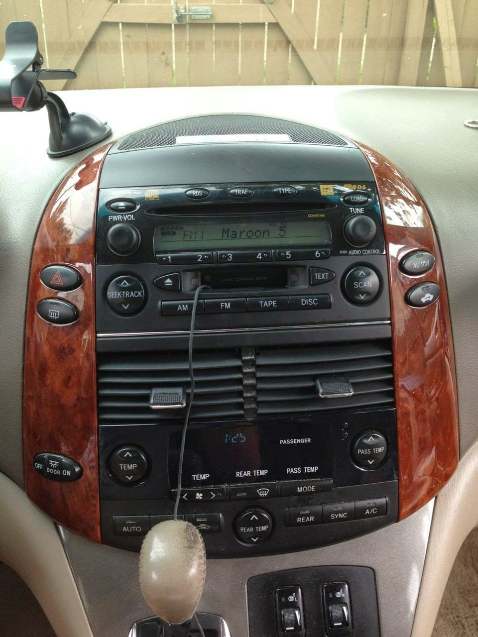 Successful Installation1 how to replace the stereo on 2004 2010 toyota sienna share your  at crackthecode.co