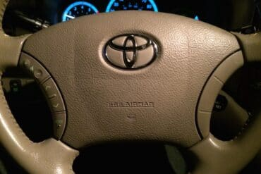 Horn Won't Work--How to Troubleshoot the Horn on a 2004-2010 Toyota Sienna