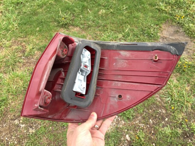 Toyota Sienna Tail Light Removed